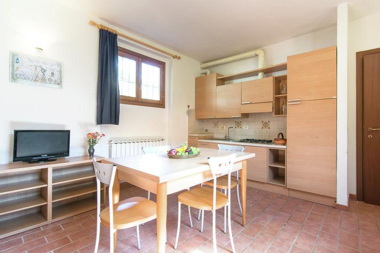 Cucina e sala da pranzo appartamento Bube